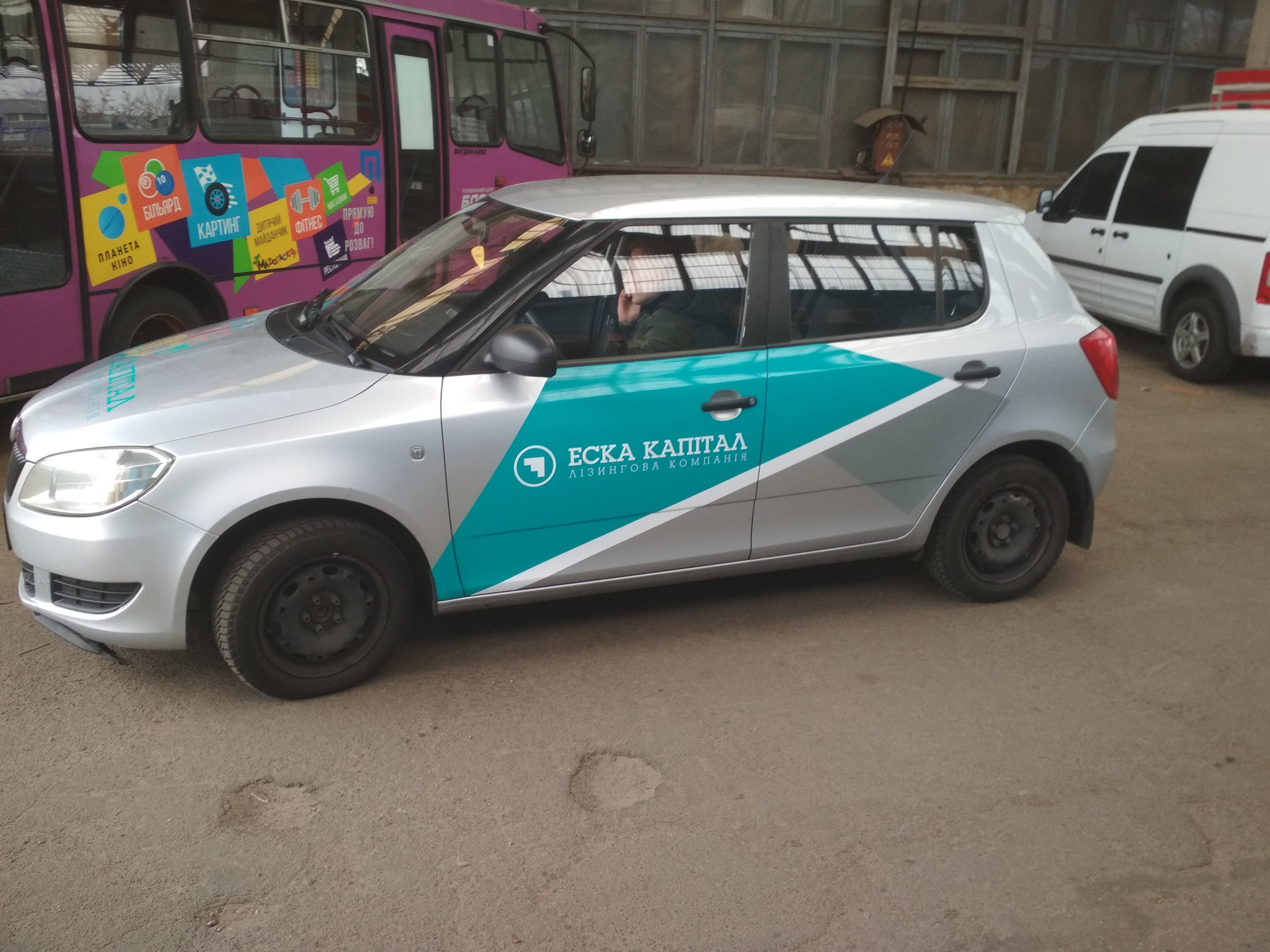 Cvetoprint делает качественную рекламу на авто